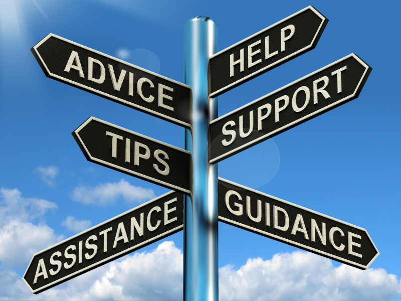 advice-help-support-and-tips-signpost-showing-information-and-guidance-g1tjm7do